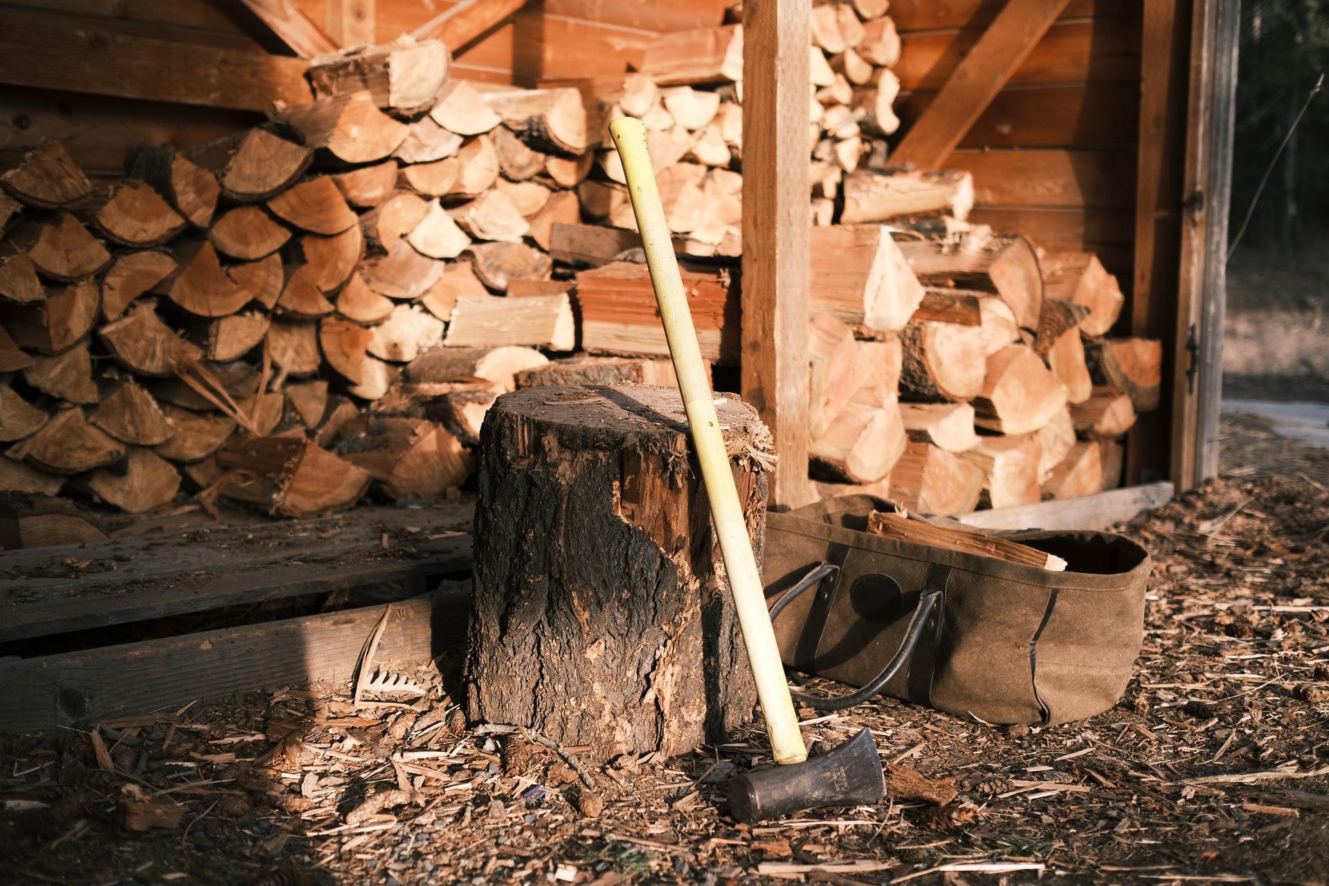 Comment bien stocker son bois de chauffage